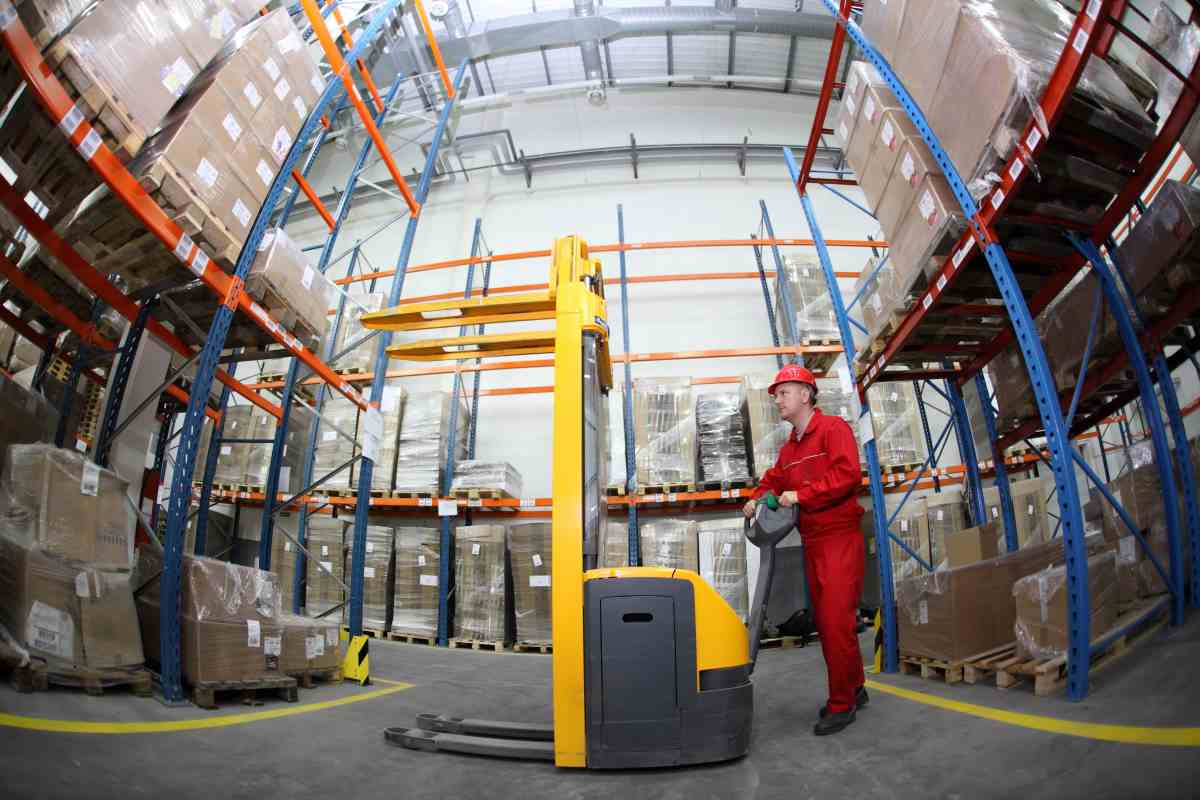 Gabelstapler auf Logistikflächen